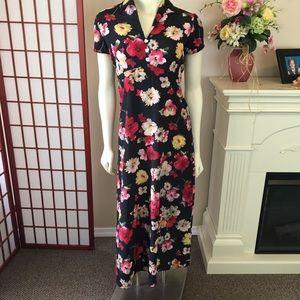 4 for $25!  Knapp Studio floral dress Sz S